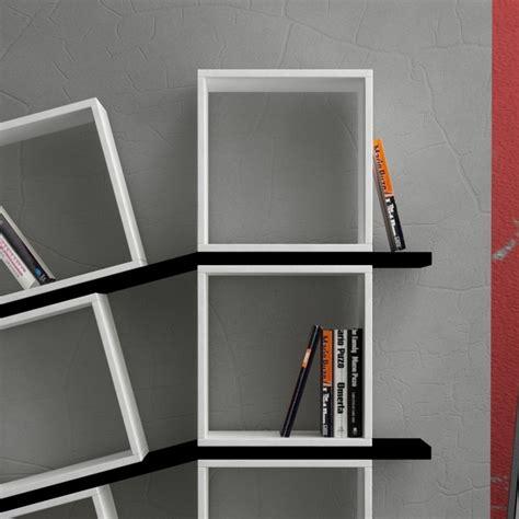 cubi mensole sloping libreria da parete cubi e mensole in legno bianco