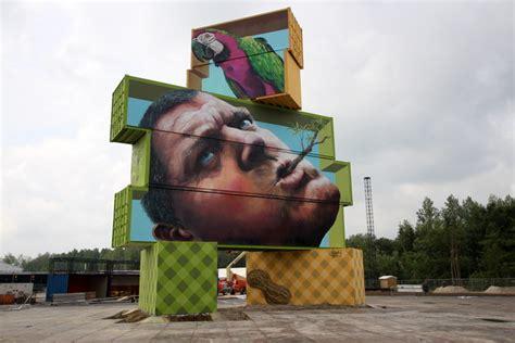 festival painting belgique martin paints artwork in belgium at rock