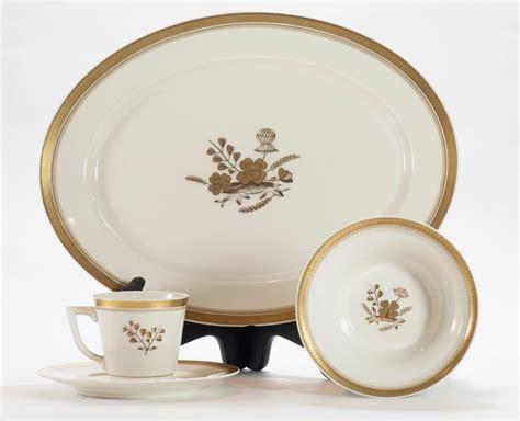 Royal Copenhagen Geschirr by Set Of 19 Royal Copenhagen Denmark Porcelain Dinnerware