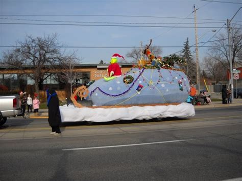1000 images about parade on grinch 1000 images about float ideas on trees dr
