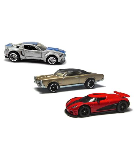 Hot Wheels Pack of 3 Assorted Cars available at SnapDeal