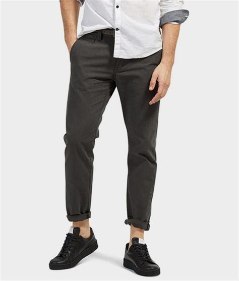 Celana Chino Balck jual celana chino tom tailor seri travis regular chino original hitam black baru