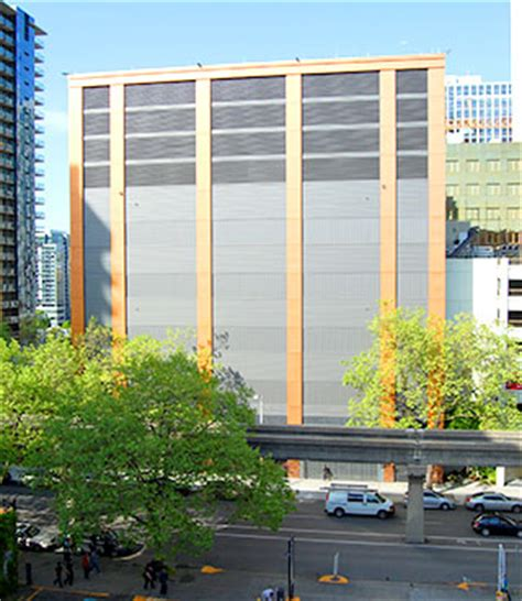 AGC 2014 BUILD WASHINGTON AWARDS -- Seattle Daily Journal ... W G Clark Construction