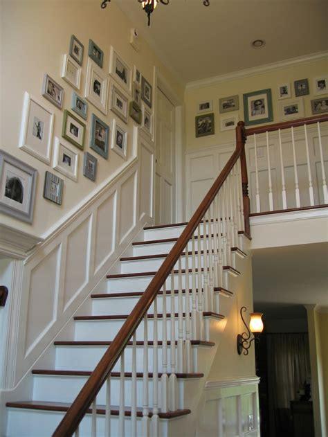 Wainscoting Up Stairs by 27 Fotowand Ideen F 252 R Eine Blickfangende Wandgestaltung