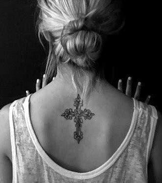 tattoo inspiration kreuz kreuz tattoo 20 tattoo ideen zur inspiration