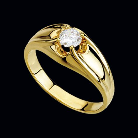 striking mens gold ring