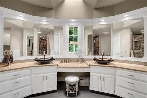 dual bathroom vanities 15 master bathrooms with dual vanities page 2 of 3