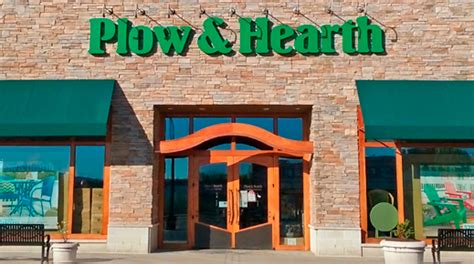 Furniture Stores In Morgantown Wv by Morgantown Wv Plow Hearth Retail Store