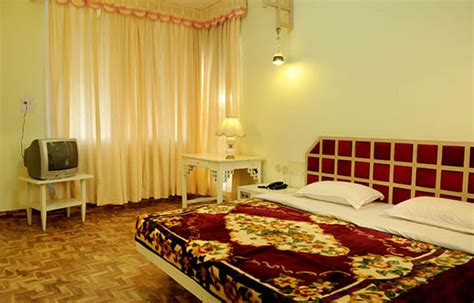 hotel room booking in ooty hotel ooty gate ooty contact number review photos ooty hotels