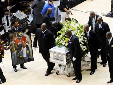 Steve mcnair funeral open casket images amp pictures becuo