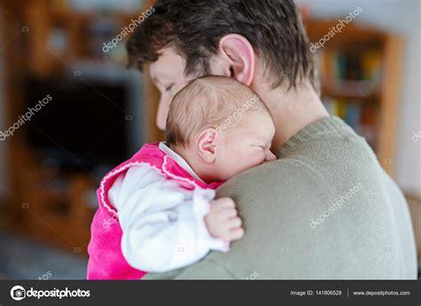 www padre manosea a hija com www padre manosea a hija com papa manosea asu hija