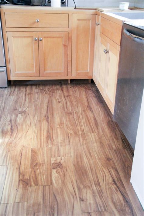 Laminate Flooring That Looks Like Wood by Laminate Flooring That Looks Like Wood Alyssamyers