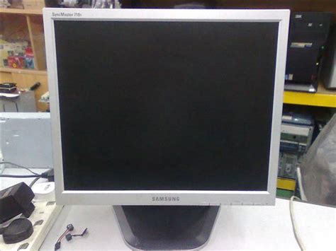 Monitor Samsung 17 Inch Second samsung syncmaster 17 inch lcd mon end 12 25 2017 12 38 am