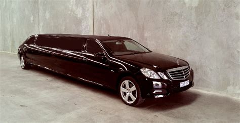 Stretch Limo Service by Stretch Mercedes Limo Seattle Limo