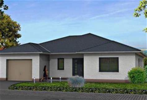 fertighaus mit einliegerwohnung separater eingang bungalow bis 400 000 fertighaus