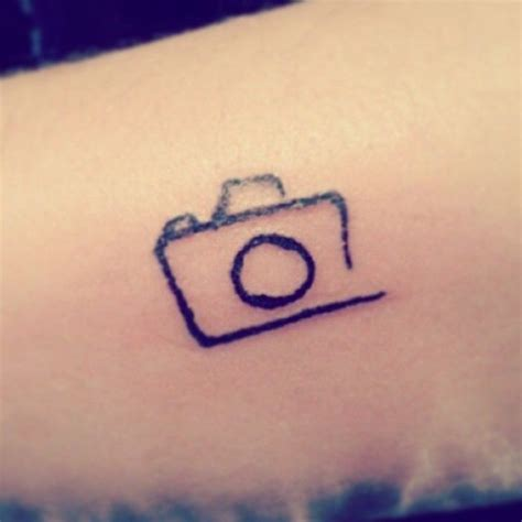 small abstract tattoos 1000 ideas about photographer on