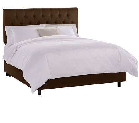 tufted velvet bed dreamfurniture com tufted bed in velvet chocolate