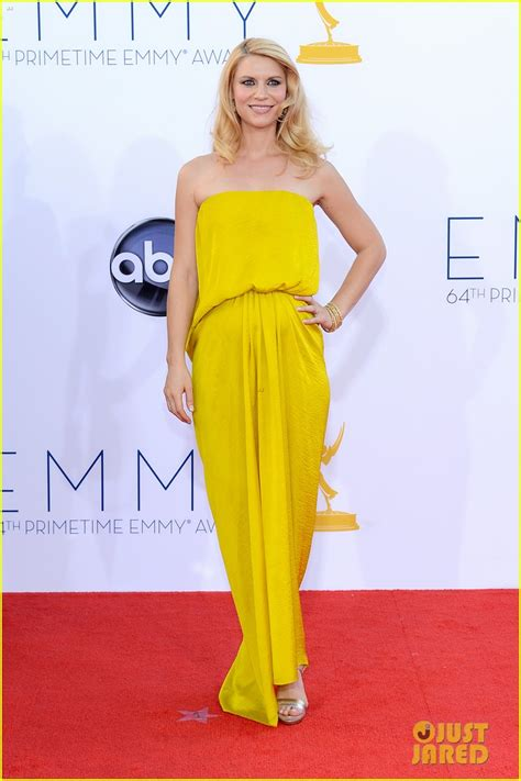 claire danes red carpet claire danes hugh dancy emmys 2012 red carpet photo