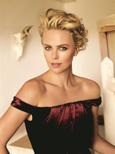 Charlize Theron Vogue by How To Wear Metallic Brown Eyeliner Vogue
