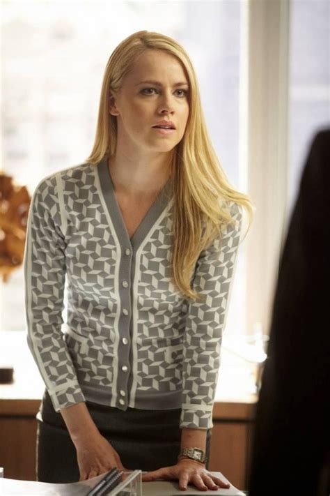 amanda schull on suits 1000 images about suits style on pinterest gabriel