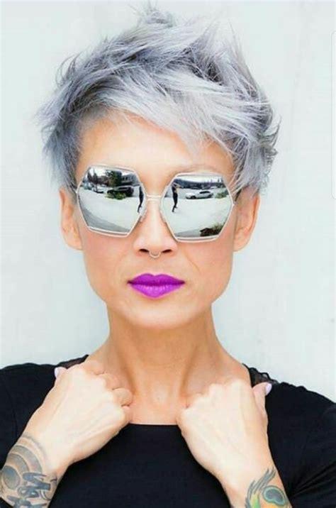 highlights for salt pepper short hair 1771 best hairstyles for women over 40 images on pinterest