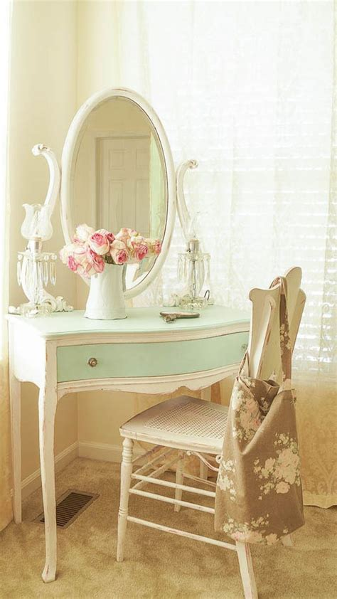 shabby chic bedroom chair best 25 shabby chic bedrooms ideas on pinterest shabby