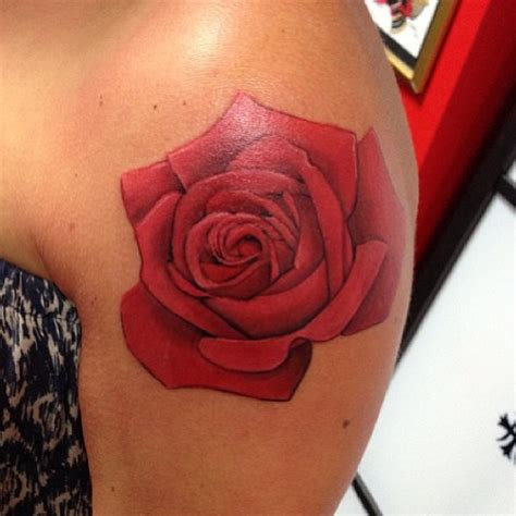 colored roses tattoos the gallery for gt shoulder
