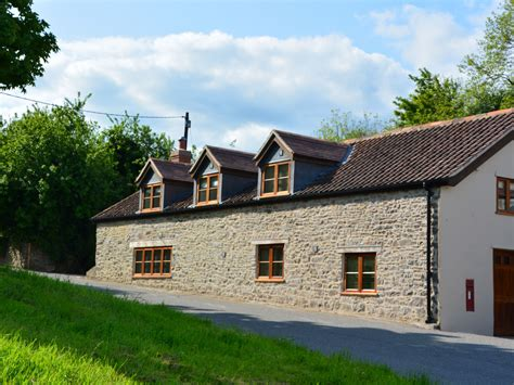 4 bedroom cottage 4 bedroom cottage in frome dog friendly cottage in frome dorset and somerset