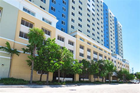 santa clara appartments santa clara apartments in miami trg management company