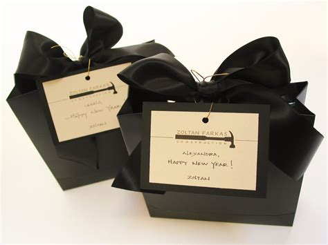 custom new year s gifts at bumble b design bumble b design