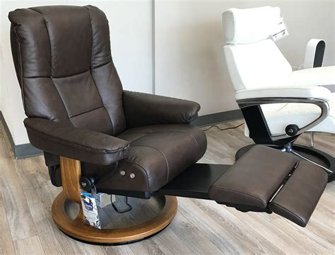 stressless mayfair recliner stressless mayfair legcomfort paloma chocolate leather