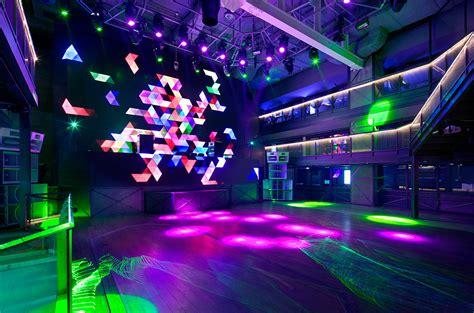 club with club octagon urbantainer
