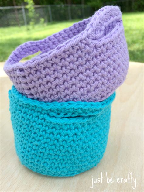 simple crochet mini basket pattern