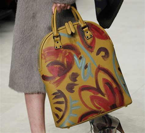 Burberry 2008 Handbags Runway Review by Burberry Fall 2014 Runway Bags 9 For Best Designer