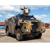 Royal Netherlands Army Bushmaster APV VAU 12kN 4X4
