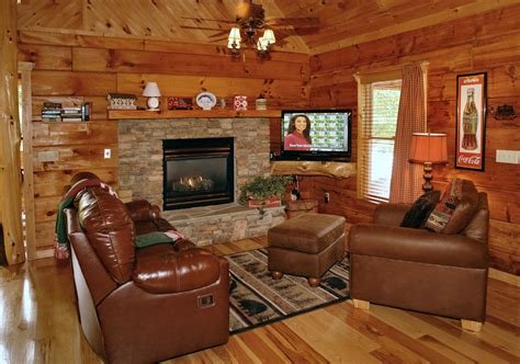 Decorating Ideas For A Small Living Room by Oak Haven Cabin Resort And Spa Of Tennessee Cabin 16