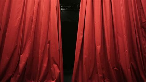 display curtains red show curtains www pixshark com images galleries