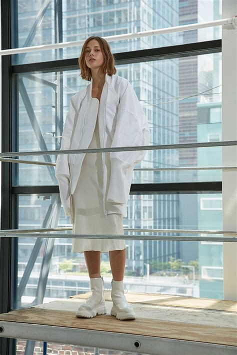 Dkny 620 A dkny resort 2017 collection design fashion