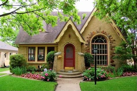 Brickhouse Cottages by Charming Small Brick House With Burgundy Front Door And