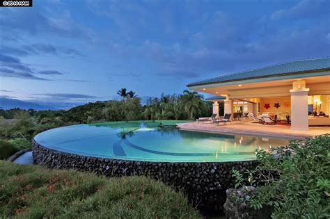 hawaiian house say aloha to 9 jaw dropping luxury homes in hawaii