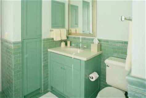 painting laminate bathroom vanity how to refinish a laminated particle board bathroom vanity