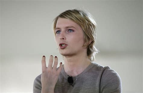chelsea menang chelsea manning says she s not a traitor made ethical