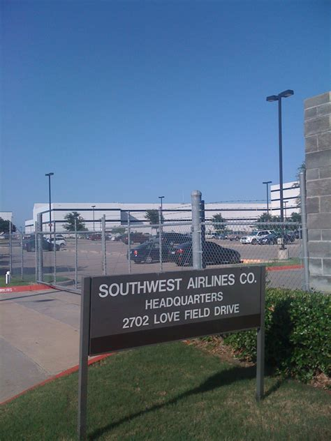 Southwest Corporate Office by File Southwest Airlines Hq From 2009 06 22 Jpg
