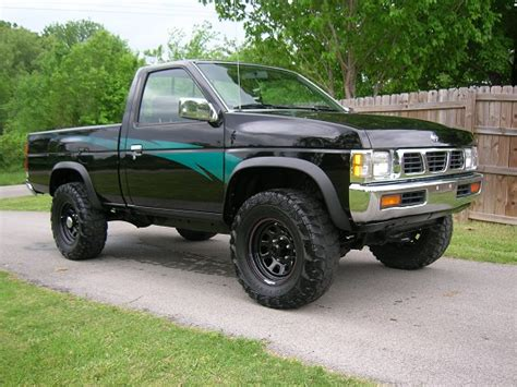 nissan pickup 4x4 lifted 1994 nissan hardbody 5 000 or best offer 100283591