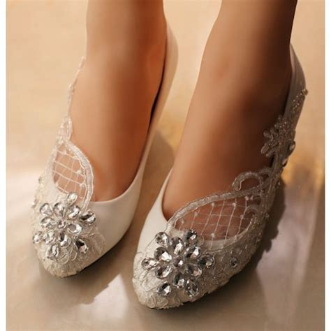 Wedding Dress Heels by High Heel Wedding Shoes Vs Low Heel Shoes Which One