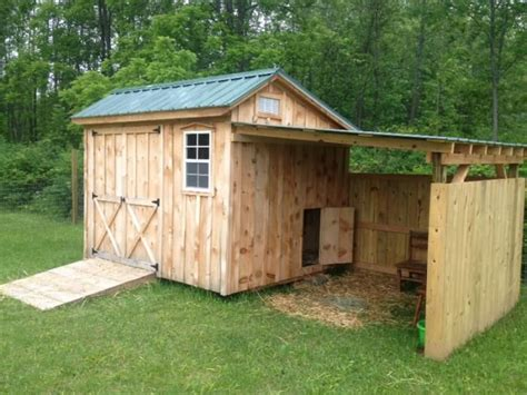 The Goat Shed by 25 Best Ideas About Goat Shelter On Goat
