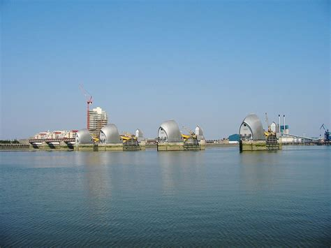 thames river london thames barrier wikipedia