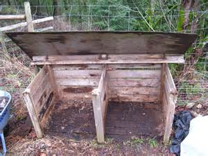 diy how to build wood compost bin plans free
