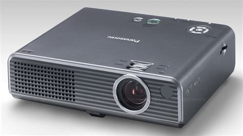 Lcd Proyektor Panansonic Launches World S Smallest Lcd Projector