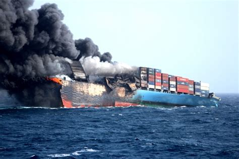mv mol comfort wsc reports containers lost at sea for 2008 2013